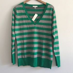 NWT New York & Co V - Neck Stripe Sweater Size L